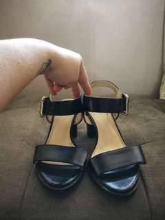 PARISHIAN BLACK TORY SANDALS
