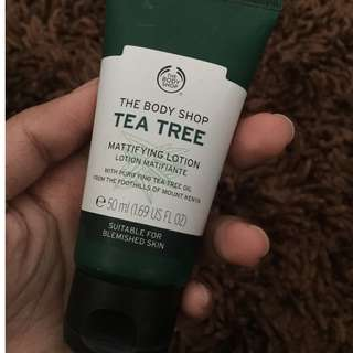 Tea Tree Mattifying Lotion Body Shop