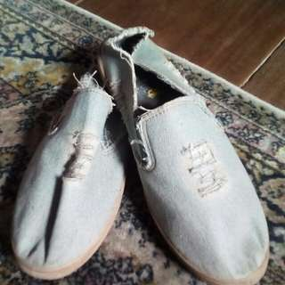 Shoes Size: 43