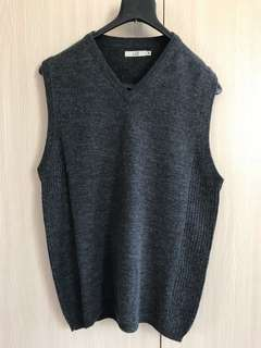 U2 knit outer