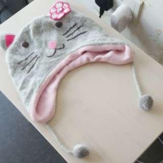 Girl woolly winter hat