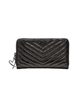 V-Quilt Metallic Crackle Zip Wallet