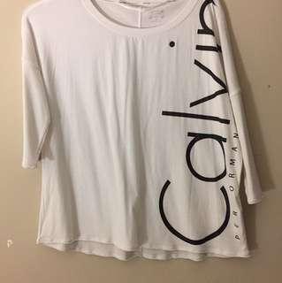 Calvin Klein performance size small workout shirt