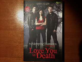 The Vampire Diaries Companion: Love You To Death