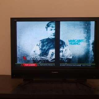 "💥Move out sale sale/reduce/42"" tv(authenic)"