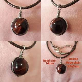 🌺Red Tiger eye pendant(红虎眼吊坠) set in Silver plated copper wire wrap. Bead size 14mm. Include rope chain.
