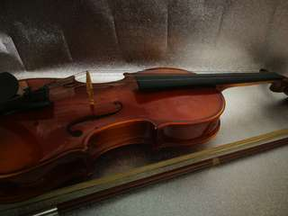 Brown Wooden Barchendorff Violin 1/2 with Case