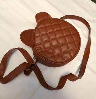 cutie brownish slingbag