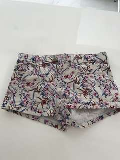 PRELOVED h&m original sakura short pants S