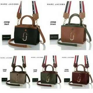 Double strap bag 2030