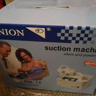 Suction Machine with free Suction Catheters