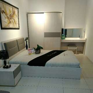 Bedroom Set Langston 0% Cicilan Tanpa CC