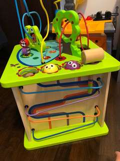 Play set for the yong ones