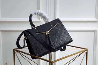 LV zipper handbag
