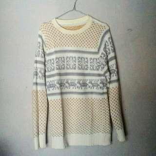 sweater rajut wanita