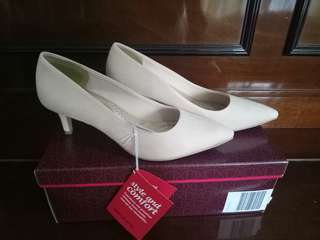 Pink Pointed Shoes 5 1/2 (Ph size)