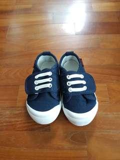 Boy Canvas Shoes Size 23