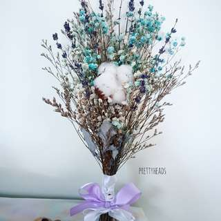 Cotton and Lavender bridal bouquet