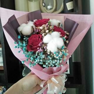 Rose and cotton ball bouquet