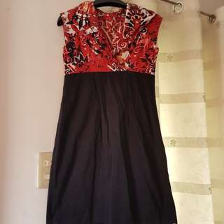 Juana Floral Black and Red Dress
