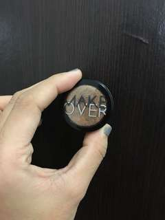 Makeover eyeshadow
