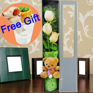 [FREE DELIVERY] 3 Champagne Roses and Mini-bear in Gift Box (017-CM)