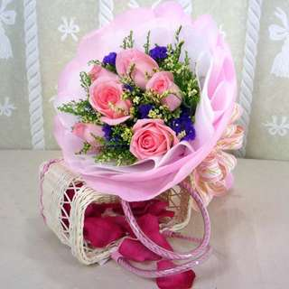 [FREE DELIVERY] 6 Peach Roses Hand-bouquet (003-PE)