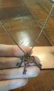 Bronze vintage 3 keys long necklace - river island