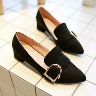 100% New Shoes Low Heels
