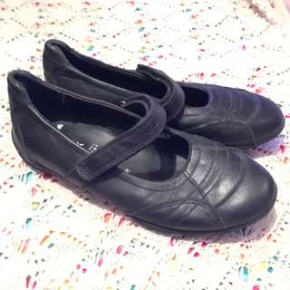 Charity Sale! Authentic Geox Respira Girl's Black School Dress Formal Shoes size 13 US