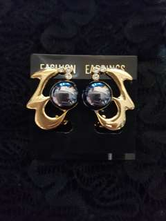 Vintage Retro Black Faux Pearls Earrings