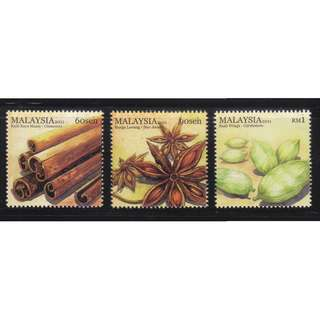 MALAYSIA 2011 SPICES (CINNAMON & ETC.) COMP. SET OF 3 STAMPS IN MINT MNH UNUSED CONDITION