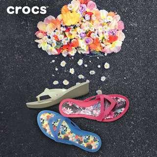 Crocs Isabella mini wedges flip