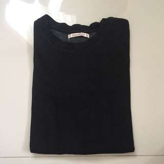 sweater pull n bear/atasan hitam