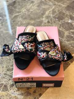 No21 N21 Sandals flower emboiderry size 40