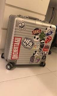 Rimowa copy travel luggage