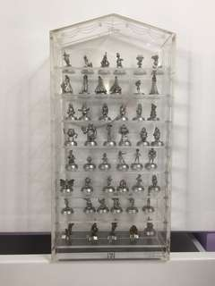 Disney figure (47 pieces) by 7-11