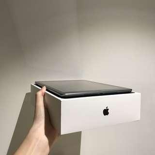 Apple iPad Air + original box