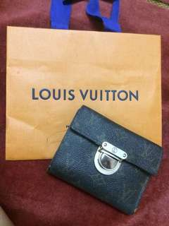 LV Wallet 💯Authentic