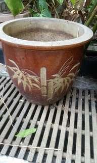 Clay Pot dia 26cm  x1