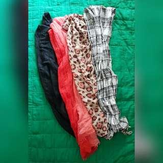 Set of 4 scarves/wrap