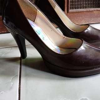 Sepatu heels vision martin