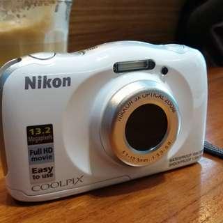 DIJUAL - Kamera Pocket Nikon Underwater Coolpix S33