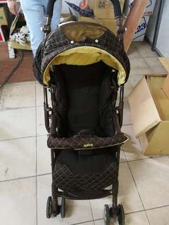 Imported Japanese Aprica baby stroller