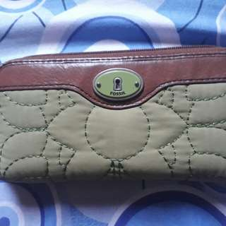 authentic preloved fossil wallet