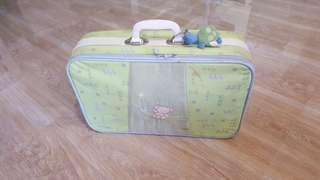 Preloved baby bag / trunk