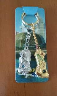 星加坡手信_金銀色紀念鎖匙扣ㄧ對