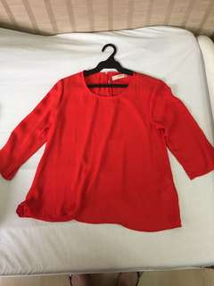 Pull & Bear red top