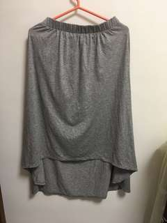 灰色鬆緊不規則長裙