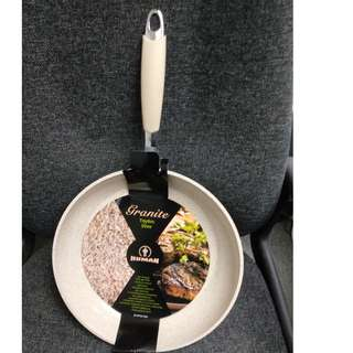 New unused 30cm Forged Frying Pan